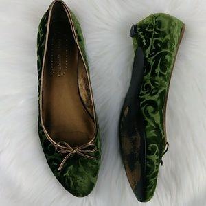 Nine West SHEM Velvet Brocade Kitten Heel Shoes